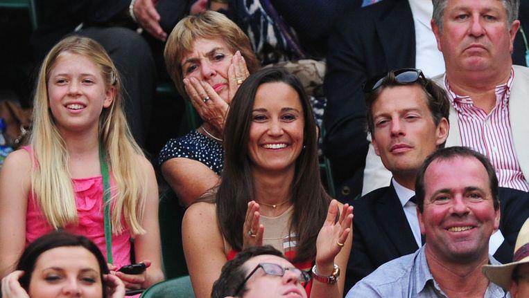 Pippa Middleton op de tribune bij Wimbledon. Beeld getty