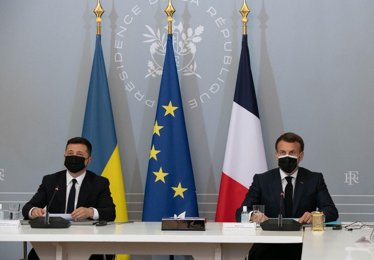 Emmanuel Macron et son homologue ukrainien, Volodymyr Zelensky