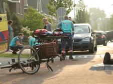 Het is wéér raak op de Vellerselaan in Barneveld: fietsers aangereden door auto