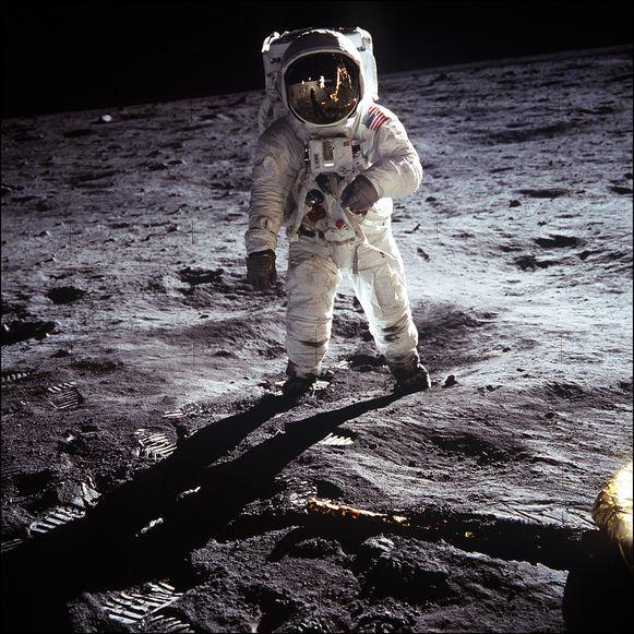De Apollo 11 was de eerste bemande maanmissie van de Amerikanen.