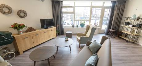 Dijkhuis Borne nodigt iedereen uit in nieuwe huiskamers