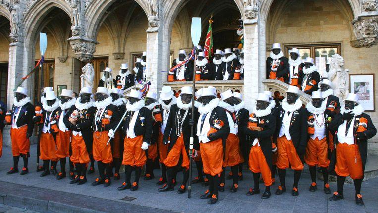 De Brusselse Noirauds claimen dat ze aan liefdadigheid doen, niet aan racisme. Beeld © rv