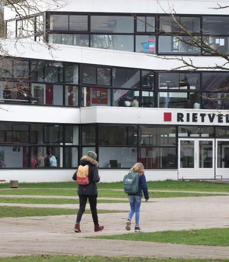 Achterhoekse scholen blijven ondanks besmettingen open