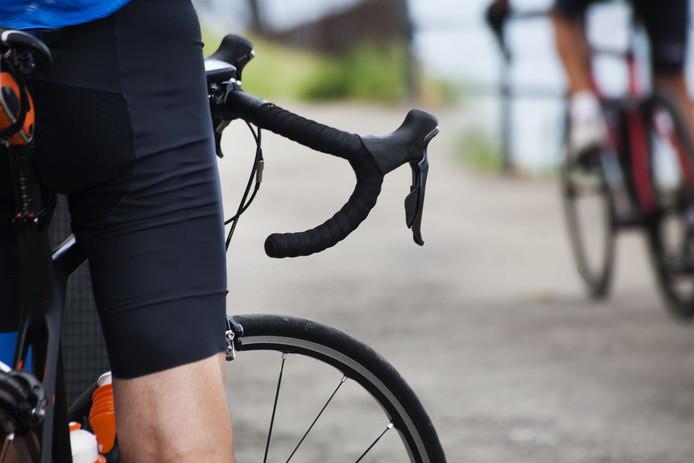 ciclista in attesa di partire per la corsa