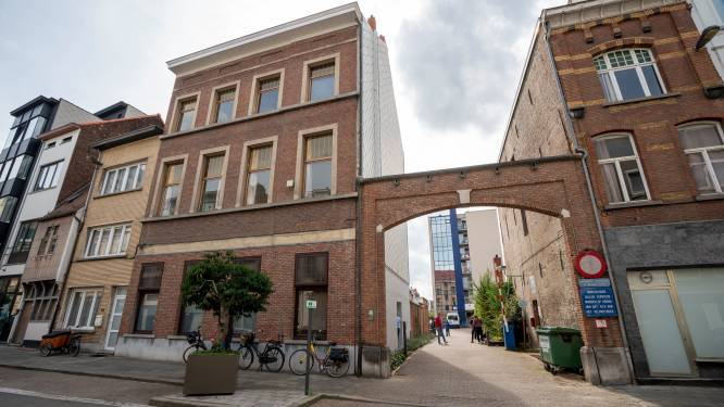 Van Quickenborne wil transitiehuizen structureel verankeren met 100 vaste plaatsen, bewoners getuigen over ervaring