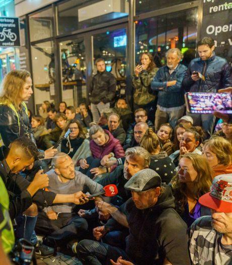 Onrustige avond bij restaurant Utrecht vanwege negeren coronacheck: 'We zijn klaar voor deze strijd'