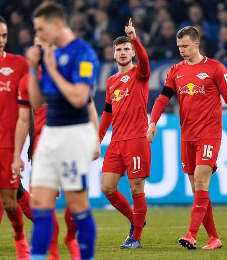 Leipzig maakt Schalke belachelijk en blijft in spoor van Bayern
