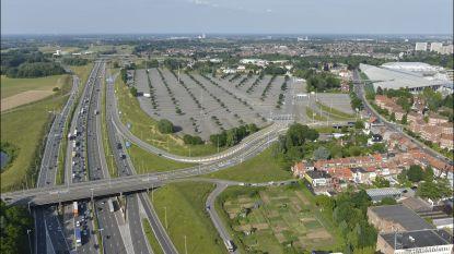 Brussel gaat extra maatregelen nemen om de auto te weren uit de stad, schepen Ampe wil metro doortrekken tot parking C