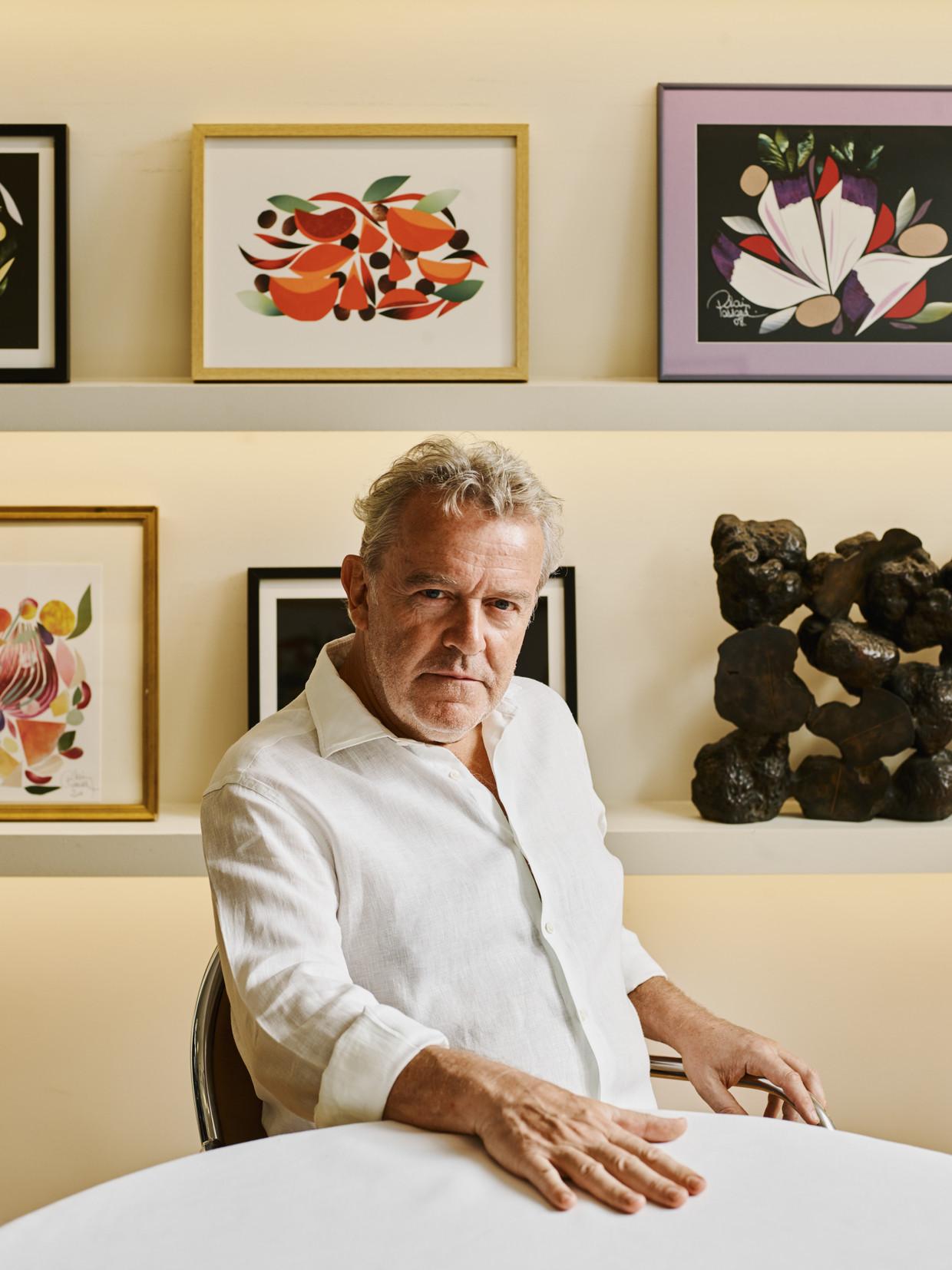'Groentefluisteraar' Alain Passard spreekt niet met groenten. Zij praten tegen hem. 'Ze zeggen: doe iets moois met mij!' Beeld Antoine Doyen
