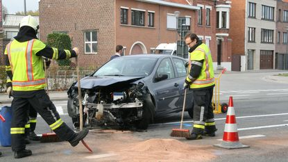 Botsing tussen twee Renault Clio's