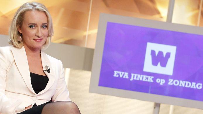 Eva Jinek als presentatrice voor WNL