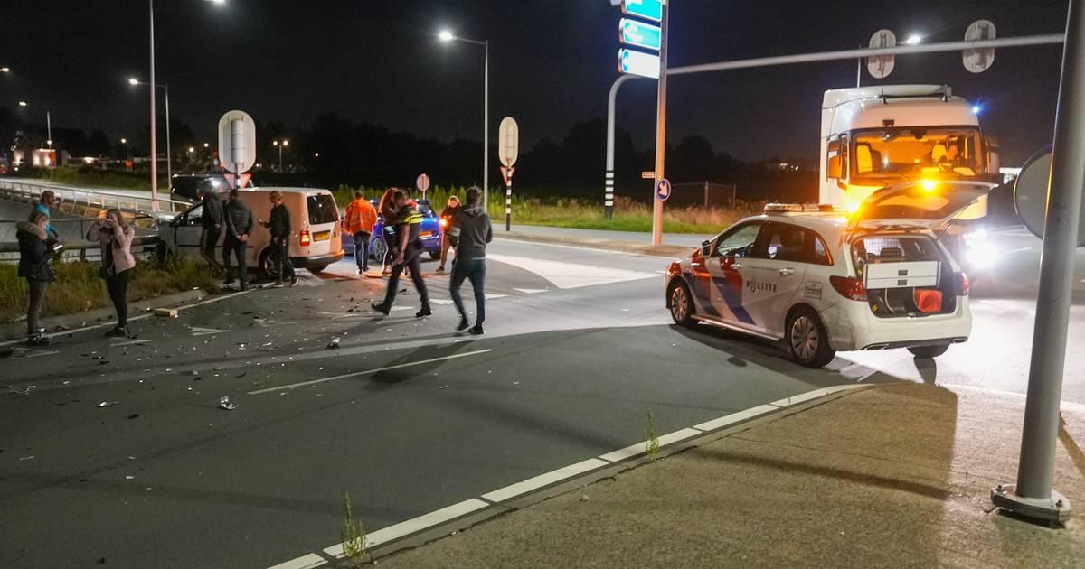 Flinke ravage op de N329 bij Oss na ongeval.