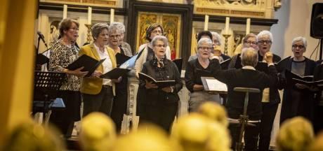 Uit volle borst zingen voor keihard nodig herstel Pancratius basiliek in Tubbergen