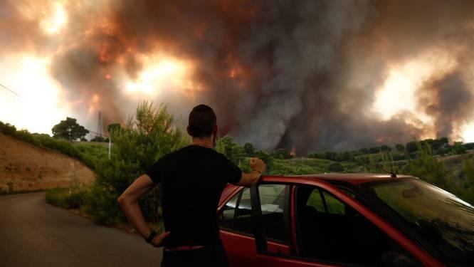 Bosbranden rukken weer op richting Athene