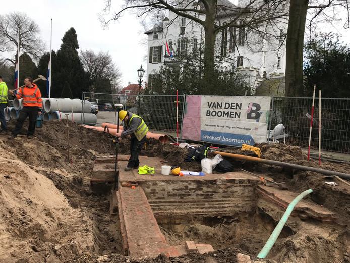 Het gevonden fundament is waarschijnlijk van de eerste Villa Leeuwenstein uit 1753.