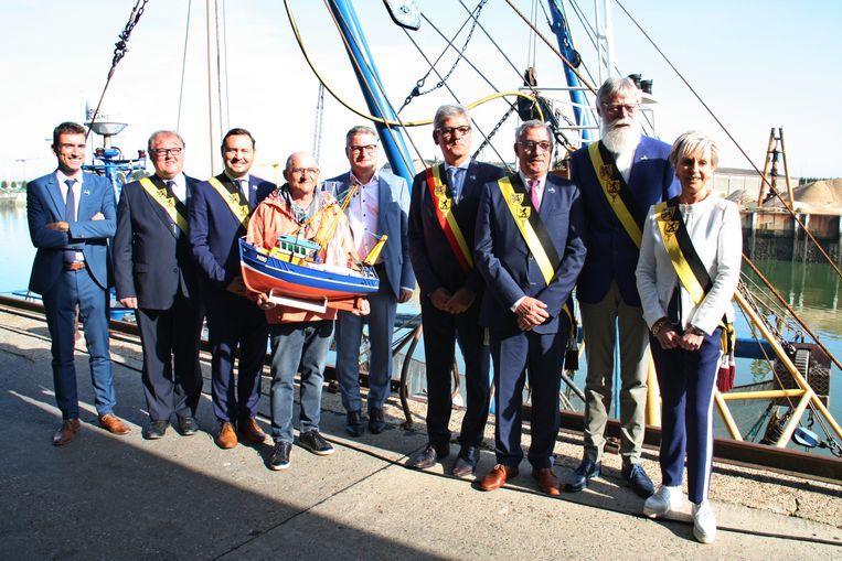 Nieuwpoort ontvangt minister Koen Van Den Heuvel naar aanleiding van het verbod op pulsvisserij in een deel van de Noordzee.