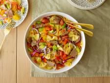 Wat Eten We Vandaag: Farfalle salade met tonijntataki