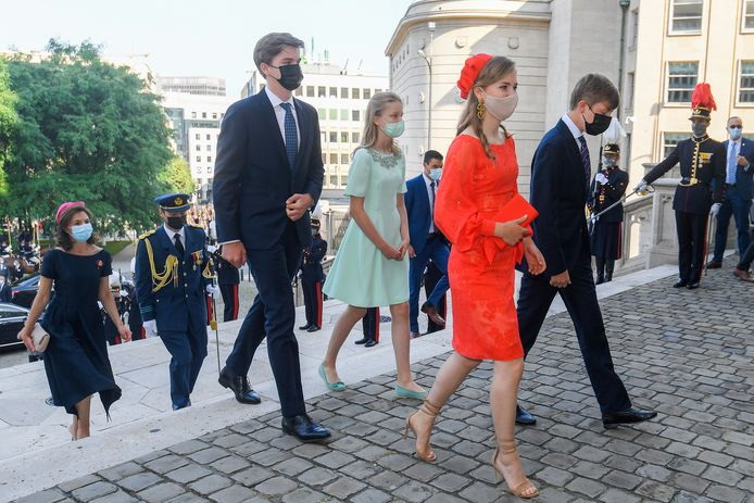 Prinses Elisabeth met haar broertjes Gabriel en Emmanuel en haar zusje Eléonore.