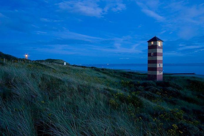 De lichtopstanden in de duinen bij Dishoek