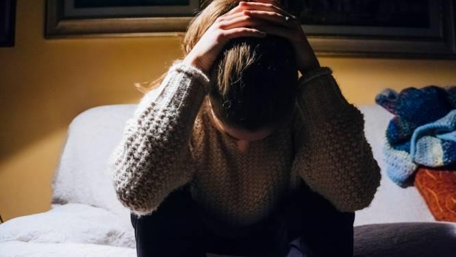 """Mentale zorg wordt broodnodig, maar wachttijden zijn ellenlang: """"Zelfs voor een suïcidale jongere is er nergens plaats"""""""