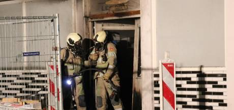 Vierde incident in één week bij Utrechts winkelcentrum: Dertien woningen boven sportschool ontruimd na brand