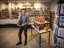 Fride Kok leeft al 25 jaar haar droom met Candy Corner in Oldenzaal: 'Ben nog nooit op vakantie geweest'