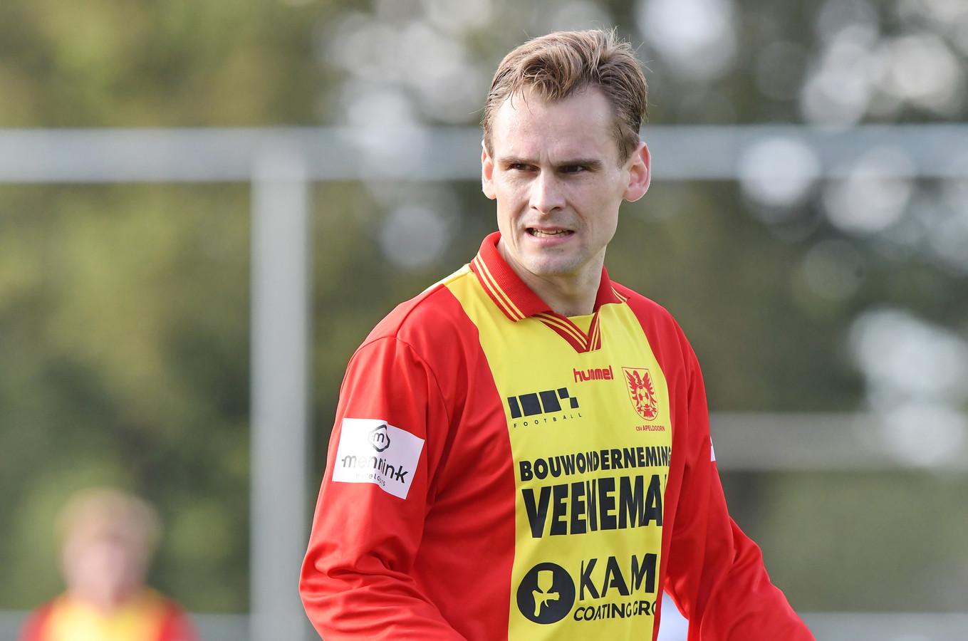 Steven van Es scoorde voor CSV Apeldoorn drie keer tegen DVC'26.