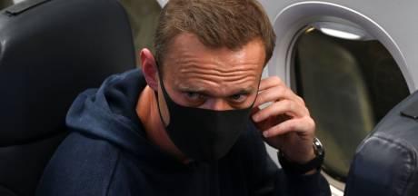 Kremlincriticus Navalny na terugkeer in Rusland aangehouden, roep om vrijlating