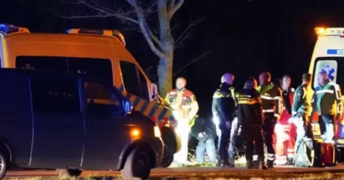Jongetje op step verongelukt voor ogen van familie in Staphorst, bestuurder zwaar aangedaan.