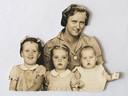 Henriëtte van Raalte-Geel was 5 jaar ten tijde van de Japanse capitulatie in voormalig Nederlands-Indië. Onder: moeder Geel met haar drie dochters, onder wie Jetje.
