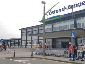 """Luchthaven Oostende bijna hele dag ontruimd na vondst van obus: """"Geen hinder voor passagiersvluchten"""""""