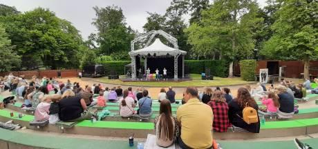 'Superdikke' show in vernieuwd Vrouwenhof in Roosendaal