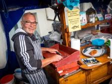 Nooit meer in Zutphen een harinkje happen bij Carel: 'Ik hoorde alles, van wieg tot graf'