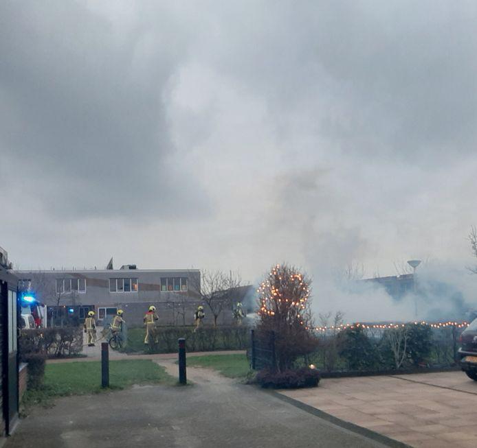 Kerstbomen in brand in Den Hoorn.