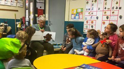 Vrijwilligers lezen voor in alle Tongerse basisscholen