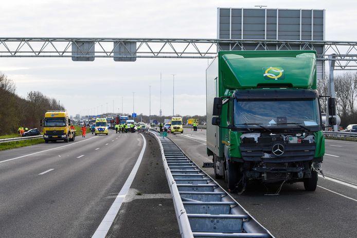 Het ongeval gebeurde op de A2 bij Nieuwegein.