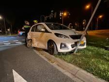 Ongeval bij kruising met defecte verkeerslichten in Deventer