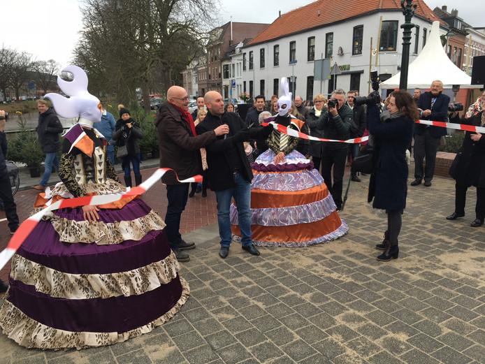 Wethouder Adank opent de Haagpoortbrug