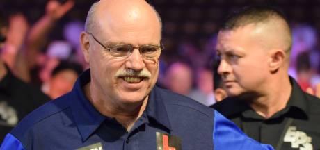 Van Barneveld en Van Gerwen geschrokken van hartaanval Larry Butler