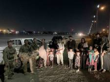 Amerikaanse veteranen redden 500 Afghanen uit Kaboel in geheime operatie