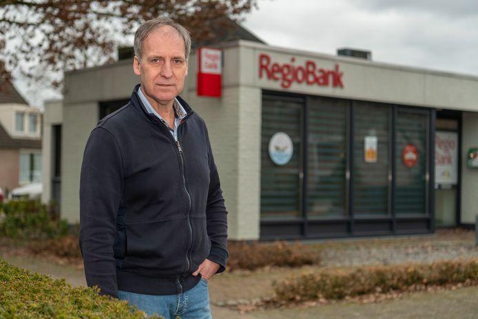 Peter Dirks is fililaalhouder van de Regiobank in Oisterwijk, Haaren, Udenhout en Vught.