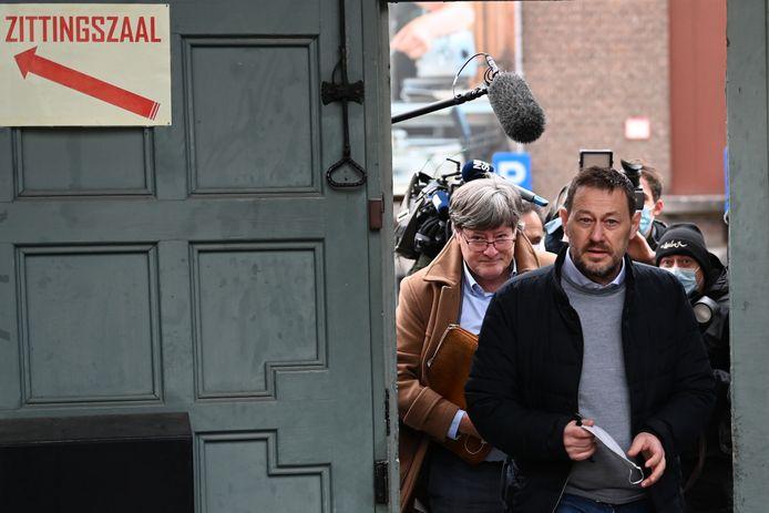 Bart De Pauw bij aankomst op de rechtbank in Mechelen.