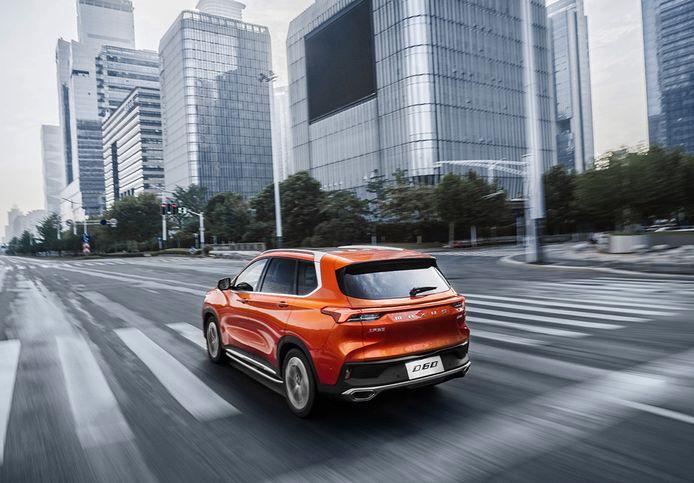 De nieuwste Maxus, de middelgrote D60, blijft vooralsnog in China