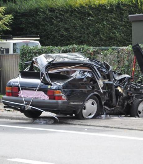 Un mort dans un accident de voiture à Destelbergen, le conducteur était ivre et roulait trop vite