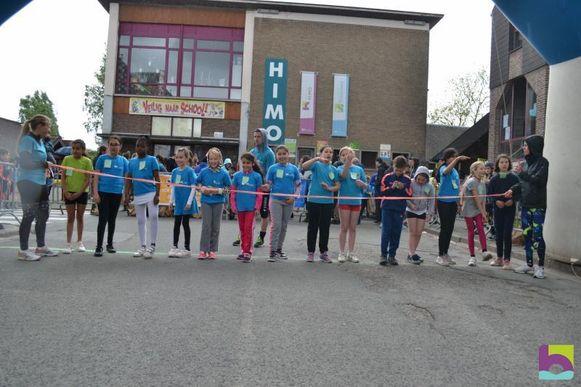 De stratenloop van de GO! Basisschool HIMO ging voor de 25ste keer door.