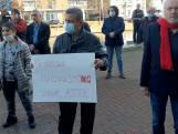 Protestactie ATIB bij stadhuis Almelo lijkt kansloze missie