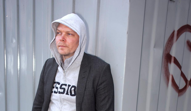 Johan Harstad:  'Als we het leven iets voor elkaar kunnen verlichten, dan moeten we dat toch doen?' Beeld Martijn van de Griendt