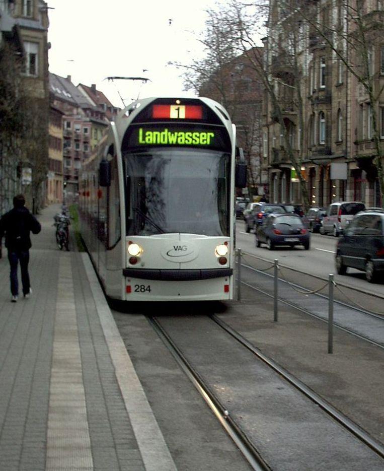 Freiburg treft al jaren maatregelen om auto's uit de stadskern te weren. Beeld Wikimedia Commons/Hendrik128