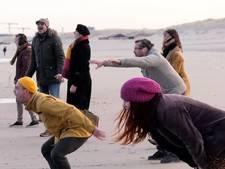 Deze groep krijst naar de zee als therapie: 'Een bak ontlading'