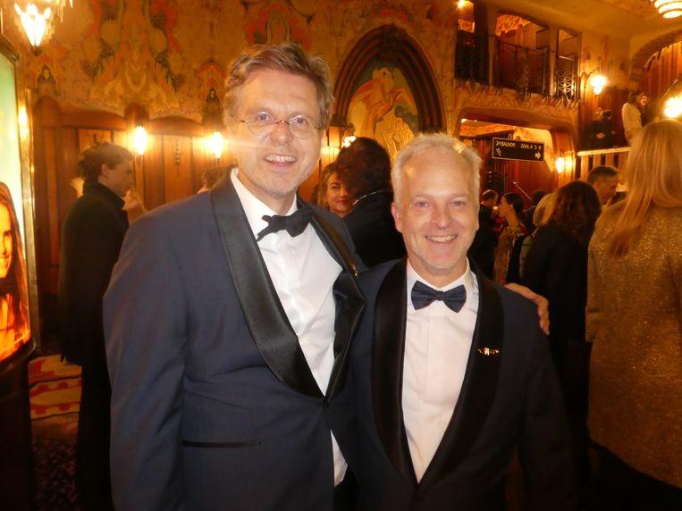 Regisseur Norbert ter Hall en scenarioschrijver Robert Alberdingk Thijm, meteen bij binnenkomst.